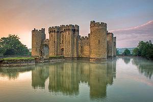 300px-Bodiam-castle-10My8-1197