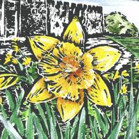 Daffodil button