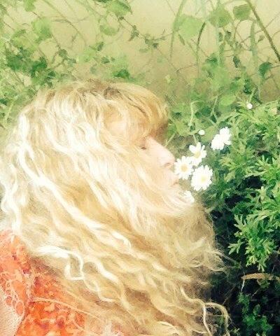 Cheralyn daisy kiss